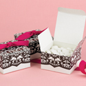 White and Black Dynamic Design Favor Boxes