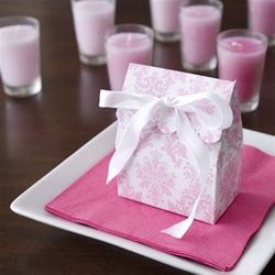 Pretty Pink Damask Scalloped Favor Bag