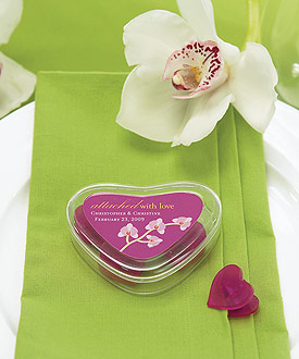Clear Heart Containers with 4 Heart Shaped Clips